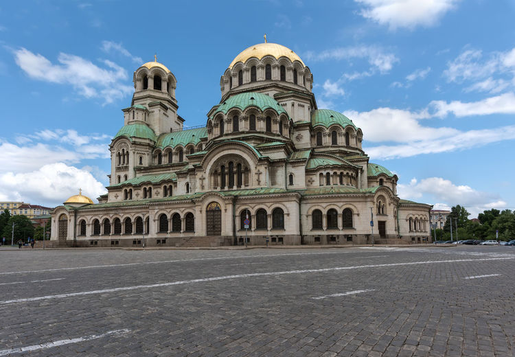 Alexander Nevski cathedral in Sofia, Bulgaria. Sky Built Structure Building Exterior Cloud - Sky Architecture Travel Destinations Place Of Worship Religion Nature Day Travel History Building The Past Spirituality Belief Dome City No People Outdoors Alexander Nevski Cathedral Sofia, Bulgaria Cathedral