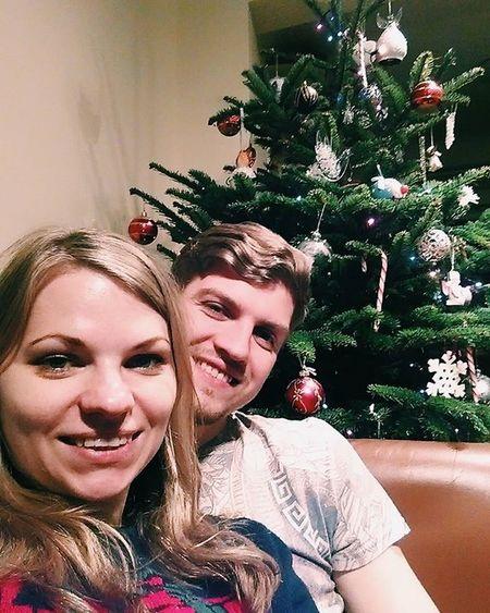 Christmas is coming!!! Christmas Christmastree Xmas HolidaysAreComing Selfie