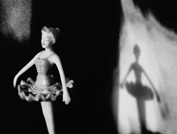 Figurine  Close-up Statue Theater Theater Dancer Ballerina Musicbox Spotlight Doll