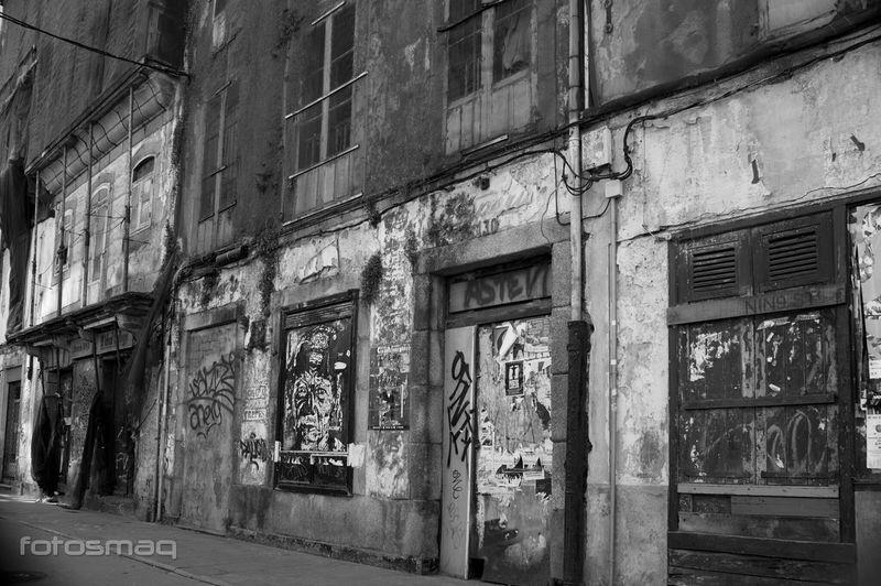 Crisis Black & White Blanco Y Negro Crisis Street Photography Black&white Blackandwhite Monochrome Streetphoto_bw Shades Of Grey