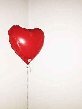 Red Heart Balloon Flash Minimalism White Berlin