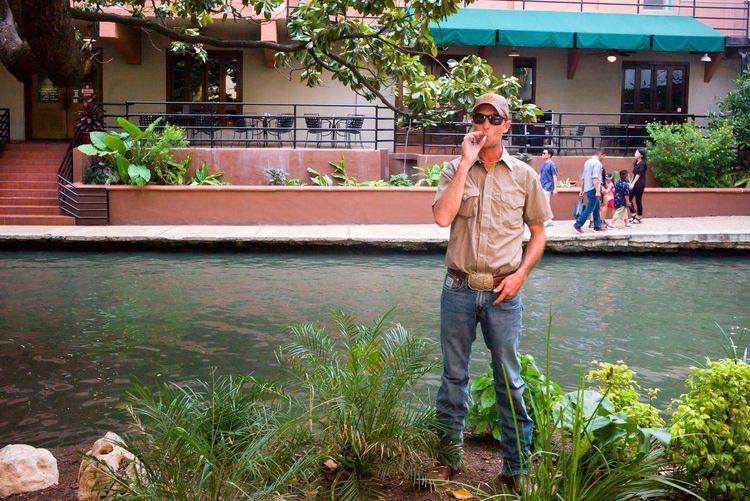 Streetphotography San Antonio River Walk