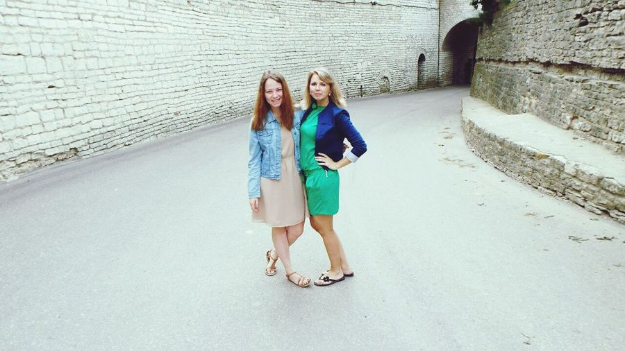 Girl Russia Summer Friends