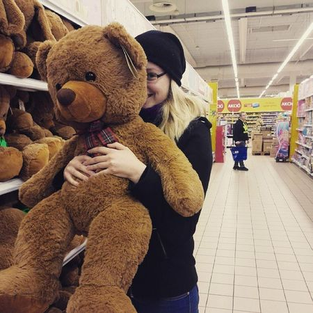 Give me please. 😍😱🐻🐻🐻 Want IT Teddy Bear Győr Hungary Mik Waiting For That  Gift From  My Live Still Happy Shop