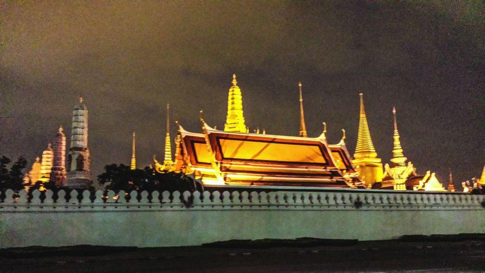 Storm Wat Phra Kaew Bangkok Cityscape ASIA Southeast Asia Southern Thailand Outdoors Sky Clouds Street Downtown Phra Nakhon Temple