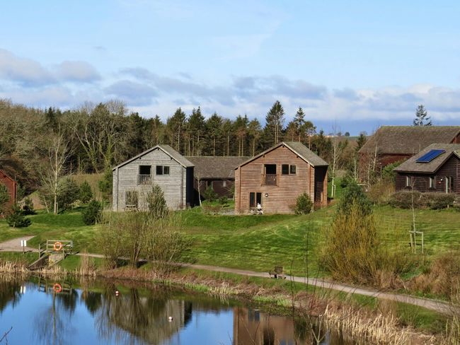 Bluestone Narberth Holidays Log Cabin Relaxing Reflections