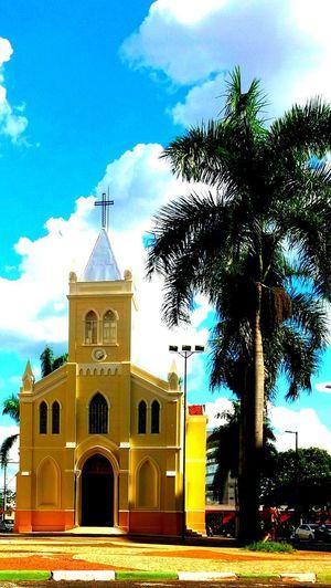 Imagem Celular Outdoors Nature Árvores E Céu Igreja IgrejaNossaSenhoradoRosario Architecture Religion Crenca