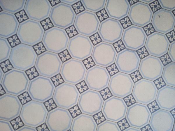 Muster Alt Old Tiles Fliese Kachel Weiss Full Frame Pattern Backgrounds Close-up Floor Boden