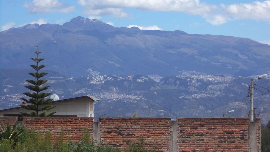 Los ladrillos... x.x Andes Andes Mountains Beauty In Nature Brick Brick Wall Built Structure Cloudy Landscape Mountain No People Outdoors Remote Scenics Sky Village
