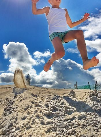Jumping Full Length Sky Day Cloud - Sky Outdoors Low Section One Person People Sport Strand Ostsee Sprung Jump IPhone 7 Plus Kind Child Spiel Sand Leuchtturm Lighthouse