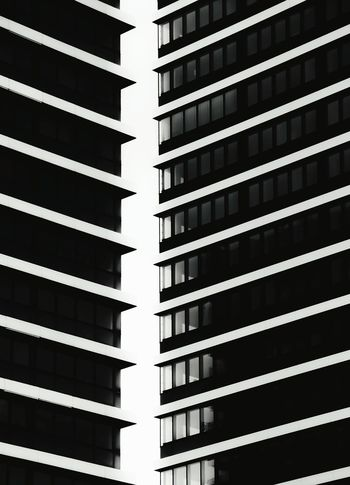 Monday... office is callin' Office Building Taking Photos Tower Skyscrapers Blackandwhite Black And White Photography Bnw Architecture Hamburg Schwarzweiß Fortheloveofblackandwhite Open Edit Eye4photography  Ripped Lines And Shapes Geometric Shapes Urban Geometry Urban Urbanphotography Cityscape Building Exterior Showcase: February Monday Officeblues Mundsburg