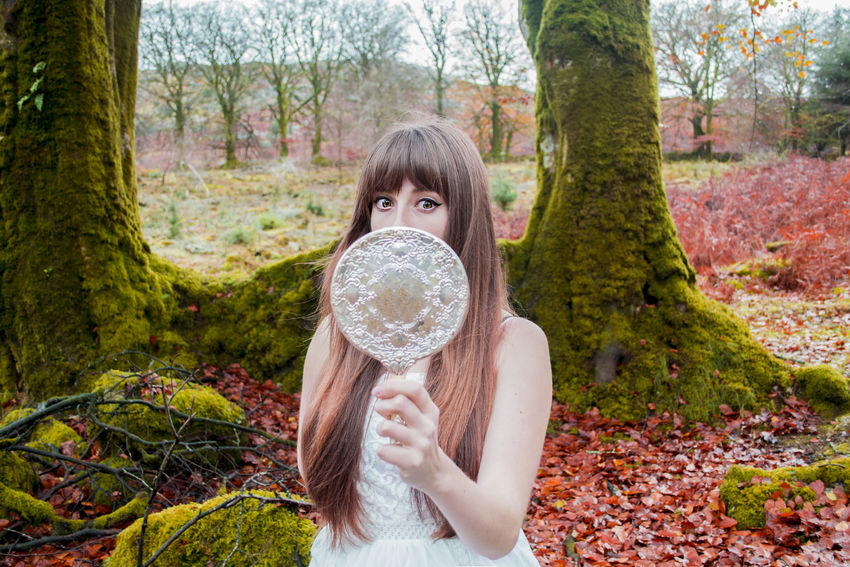 Mirror Picturing Individuality EyeEm Best Shots Showcase: November Shocked Face Shockedface Shocked Scared Scared Face Red In The Forest Woods Landscape_photography Eyes