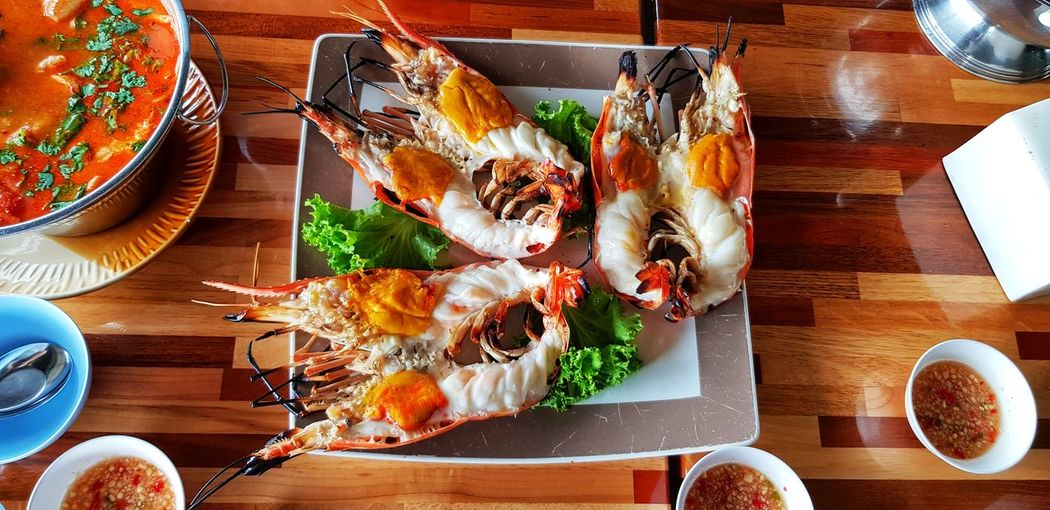 Spicy Sauce Spicy River River Prawn Shirmp Prawn Thailand Thai Food Grilled Charcoal Autthaya Plate Seafood Table Directly Above Close-up Food And Drink Barbecue Grill Barbecue Char-grilled Serving Tongs Rib Thai Culture Shrimp Shrimp - Seafood
