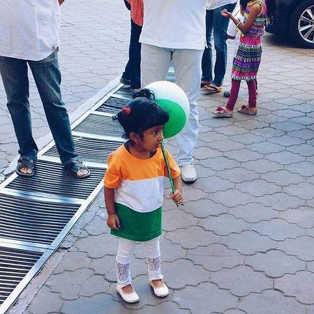 Happy 67th Republic Day... Thesimilarthree : 2 . India Republicday Indiapictures Instagram Igersindia VSCO Vscocolors Vscogood Vscogrid Vscoindia @zilliongallery Mumbaimerijaan