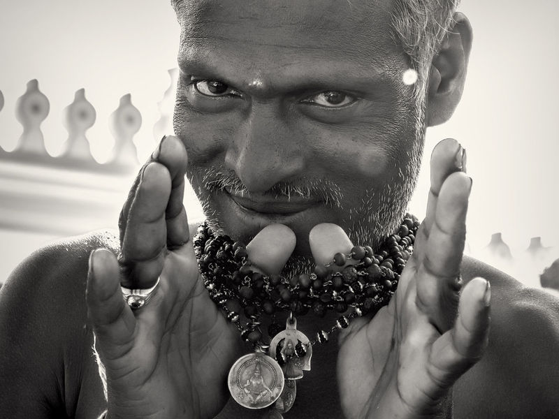Spiritual Treasures Hindu Man Piligrim Portrait Religion Show Smiling The Portraitist - 2016 EyeEm Awards