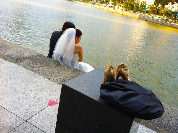 Lifestyles Love ♥ Newlyweds River Riverbank Streetphotography Water Wedding Photography