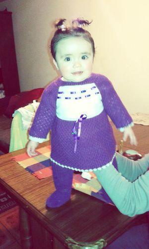 A solo 2 dias de cumplir sus 9 meses mi chanchitaa 😍😍😘 Tan hermosa ella *.* te amo pollita de mami TrajesitoDeLana