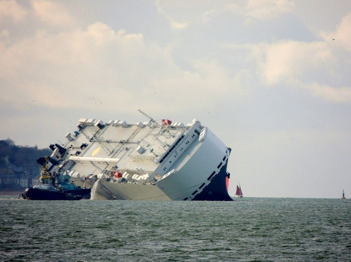Saving the ship Hoegh Osaka