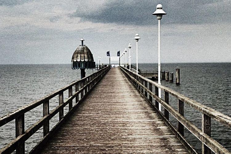 Old seabridge Baltic Sea Zinnowitz HDR Life Is A Beach