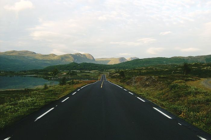 E16 road, Norway Road Norway🇳🇴 Road To Nowhere Green Color Plain Hills Tundra Transportation Road In Nature Outdoors Asphalt Landscape Miles Away The Great Outdoors - 2017 EyeEm Awards Your Ticket To Europe Lost In The Landscape