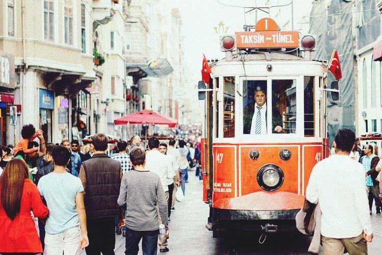 Istanbul Istiklalcaddesi Taksim Istiklal Istanbul City Tramway