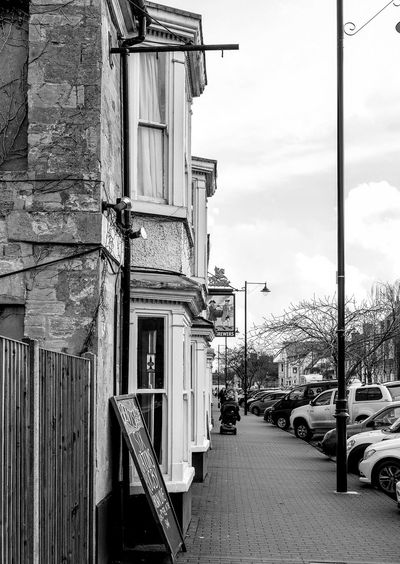 The Two Brewers, Olney, Buckinghamshire Olney Buckinghamshire Buckinghamshire Pubs Blackandwhite Black And White Monochrome Street FUJIFILM X-T2 Pubs Architecture Building Exterior Built Structure