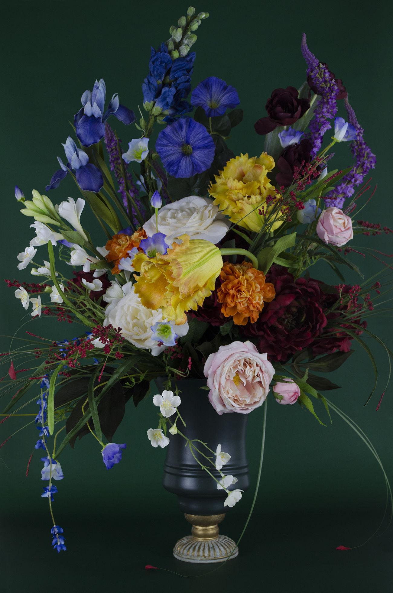 flower, flowering plant, plant, fragility, vulnerability