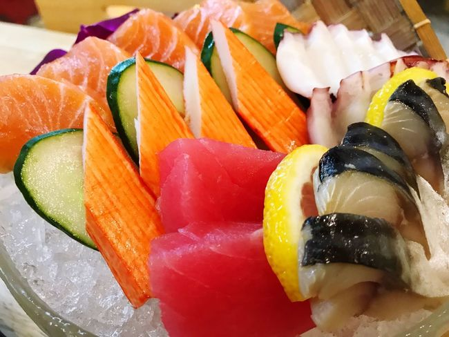 Food And Drink Food Healthy Eating Freshness Wellbeing Close-up Ready-to-eat Indoors  SLICE Seafood Still Life Plate Indulgence Serving Size Salmon - Seafood Asian Food Japanese Food No People Fish Sushi