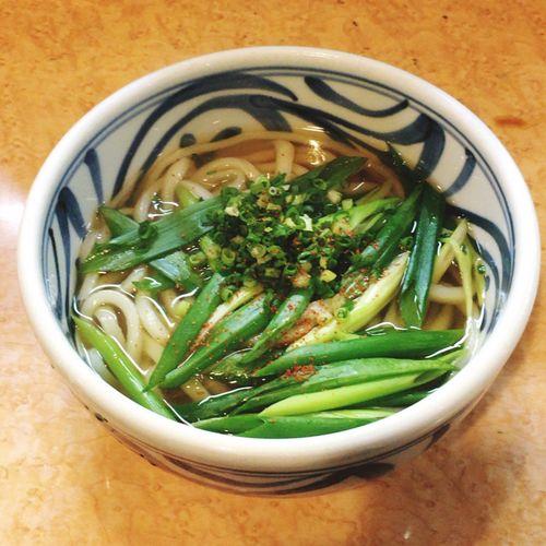 Food Porn Udon Noodles ハシゴしちゃいます。今度はあっさりネギうどん。
