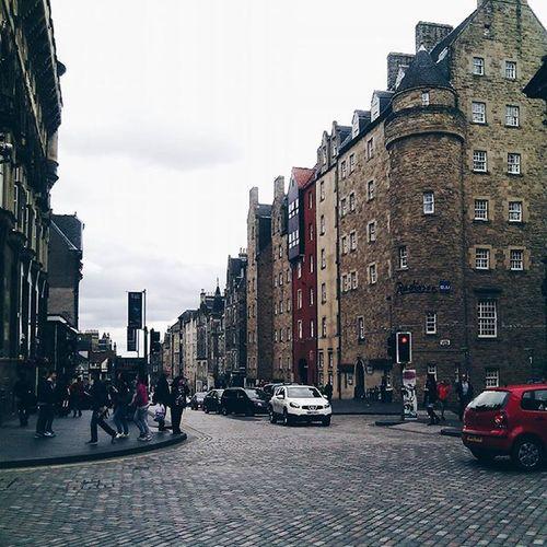 Trowbackthursday TBT  to Edimburgh and a part of the royal mile. IgersEdinburgh Igersscot IgersScotland Insta_Scotland Instascotland Vscocam VSCO Vscotland VisitScotland Explorescotland Instagood Latergram Ig_Scotland Architeture