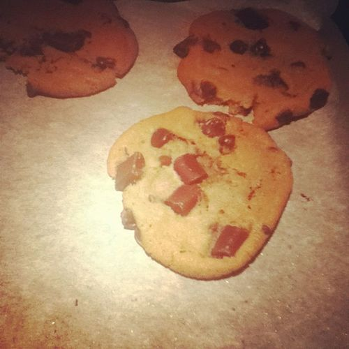 Homemade cookie!(: Yum Cookies Inthekitchen LOL sogood