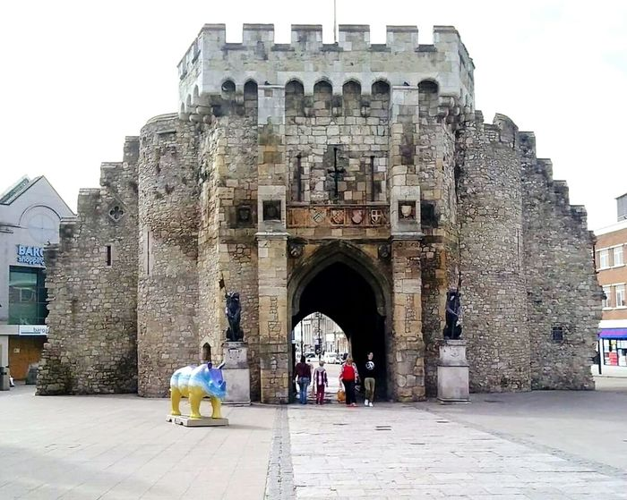 Bargate Southampton England🇬🇧 History Gate Arch Architecture Outdoors Built Structure Building Exterior Travel Destinations Hampshire  England 🇬🇧 Hants Hants County