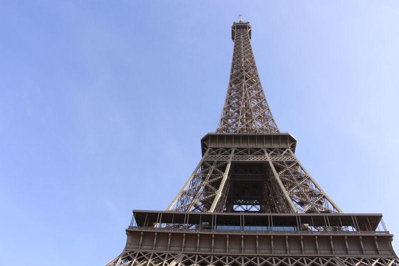 La tour Eiffel Antique Paris, France  Touriste Ancient Civilization Architecture La Tour Effel Metal Restaurant Tourism Destination Tower Travel Travel Destinations