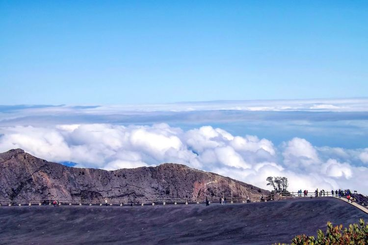 What a view! Trekking Active Volcano Volcano Cartago Irazu Whataview Enjoying Life Relaxing Time Relaxing View Nature Photography Nature Nature Lover Mountain Cold Temperature Blue Beauty Wilderness Area Arid Landscape Rocky Mountains Mountain Road Natural Landmark Dramatic Landscape