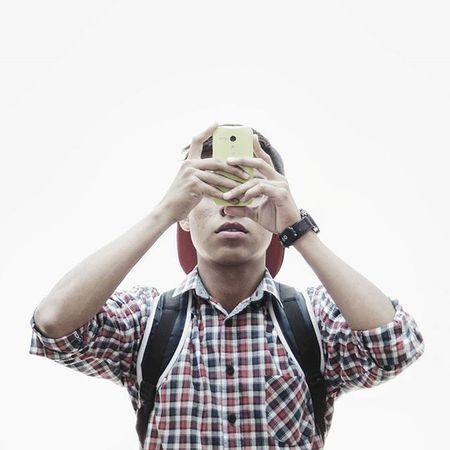 """TALK ME DOWN - Troye Sivan 🎼 . .""""Quería confiar en ti, ¿Cómo lo hago?, si no puedo confiar ni en mi propia sombra"""" Mexicoalternativo Vscocam VSCO Beginnersmx Storybehindsquares Hallazgosemanal Loves_mexico Liranmx Talentosmex Mextagram Mexigers Igershgo WithE Boys Shotsofpeople"""