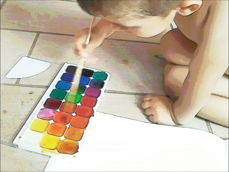 paints the child draws creativity