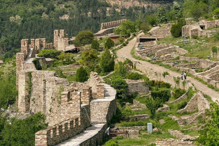 Nice perspective of the Tsarevets in Bulgaria, Old Stronghold. Hanging Out Check This Out Bulgaria VelikoTarnovo EyeEm Best Edits EyeEm Best Shots Eye4photography  EyeEm Gallery