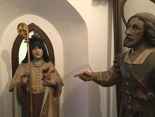 Church Religious Art Sculpture Religious Icons Indoors  Two People Lifestyles Period Costume