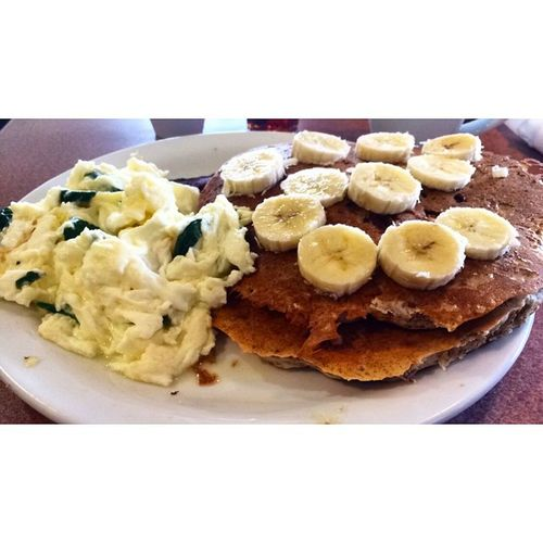 Spinach Egg Whites & Banana Pecan Wheat Pancakes w/ Turkey Bacon Charlottebloodhounds Nxl Eatclean Healthy Dank Foodporn Pancakes Shredded Dogsgottaeat Gains Wehungry Squad Chef