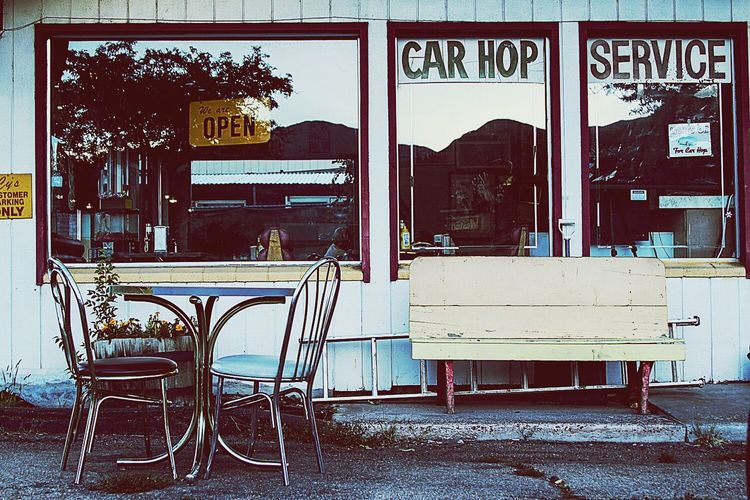 I will gladly pay you Tuesday for a hamburger today. Streetphotography Diner Retro
