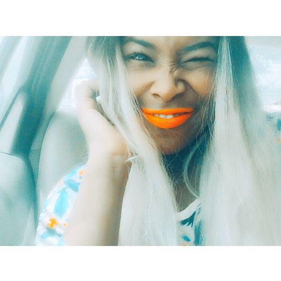 Si sonríes 😊 cosas buenas pasan 🍂✨ That's Me Hi! Cosasbuenasvienen Cosas Buenas Pasando Happy Face!  Just Smile  Oh Yeah💁🏻