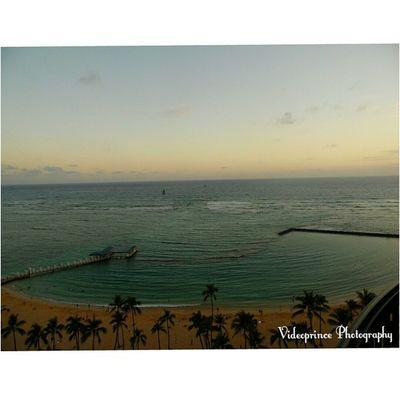Waikiki Ripples Photography By: @Videoprince Hawaii Waikiki 808  Alohastate Venturehawaii Instagram Instatravel Hnnsunrise Photographer Cameralife Photography Oahu Beautiful Beach Sand Hotel Diamondhead HiLife Luckywelivehi Ocean Goodmorning Ripples