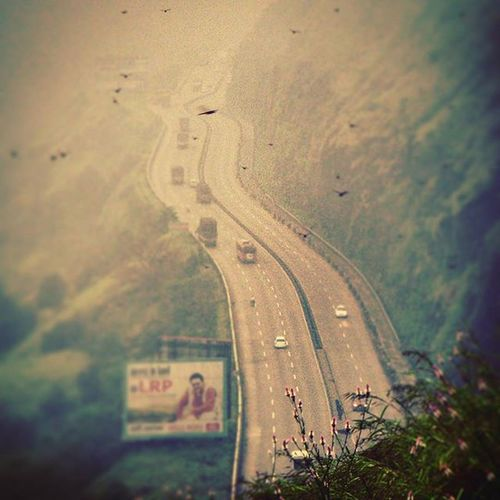 Beautiful lonawala khandala Highway Lonawala Khandala Highway Way Green Road Puneexpress Love Likes Instagood Canon Beautiful Monsoon Pune Mountains Fog