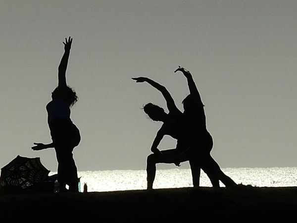 Yoga Yoga On The Beach Beach Silloutte Beach Yoga Black And White Photography Nature Ocean Beach Ocean Beach San Diego Ocean Beach, Ca Outdoors Sillouette Stretching Women Yoga Yoga Class