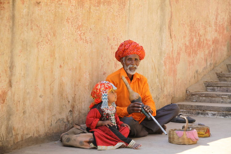 A snake charmer and his child with a cobra snake India Indian Indian Culture  Jaipur Jaipur Rajasthan Snake Snake Charmer Travel Travel Photography Traveling Travelling Cobra Cobra Snake Day Indiapictures Outdoors People Real People Snake Charmers Travel Destination Travel Destinations Traveler Travelgram Traveller Travelphotography