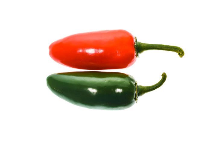 Red and green ripe jalapeno chili hot pepper from caribbean or mexico isolated on white background Capsicum Annuum Chili Pepper Green Hot Red Capsaicin Capsicum Capsicum Chinense Capsicum Pepper Chili  Chilli Close-up Food Freshness Fruit Hot Peppers Jalapeno Jalapeno Pepper Jalapeños Organic Organic Food Pepper Peppers Studio Shot White Background