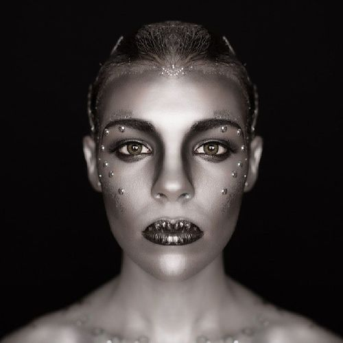 Makeup Makeupbyirenemar Mua Photography iron silver beauty art portrait metal alien species fierce modela model piercing photooftheday