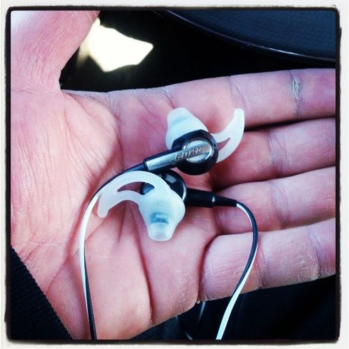 Not gonna lie.. Best headphones ever Boseime2 Shouldbedrivingwiththeminbutcanthelpit Holybassandtreblebatman