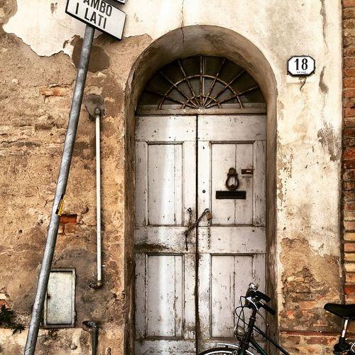 Italy❤️ Italy Bagnacavallo Old Buildings Old House Olddoors Doors Doors Lover Doors Of Italy