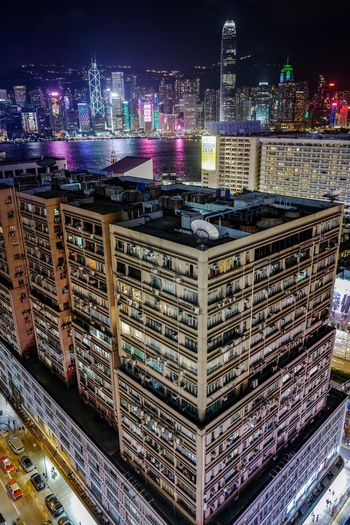 Skyscraper Nightphotography Reframinghk Discoverhongkong Building Exterior Architecture Built Structure Illuminated Night City Building Skyscraper Tall - High Office Building Exterior Cityscape Modern No People Travel Destinations Urban Skyline Water Tower Office Sky Financial District